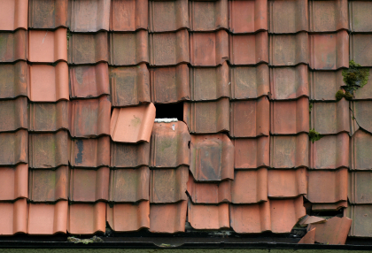 Know the wanting signals before its too late! & Give your home a good roofing evaluation | Ron Bell Inc. memphite.com